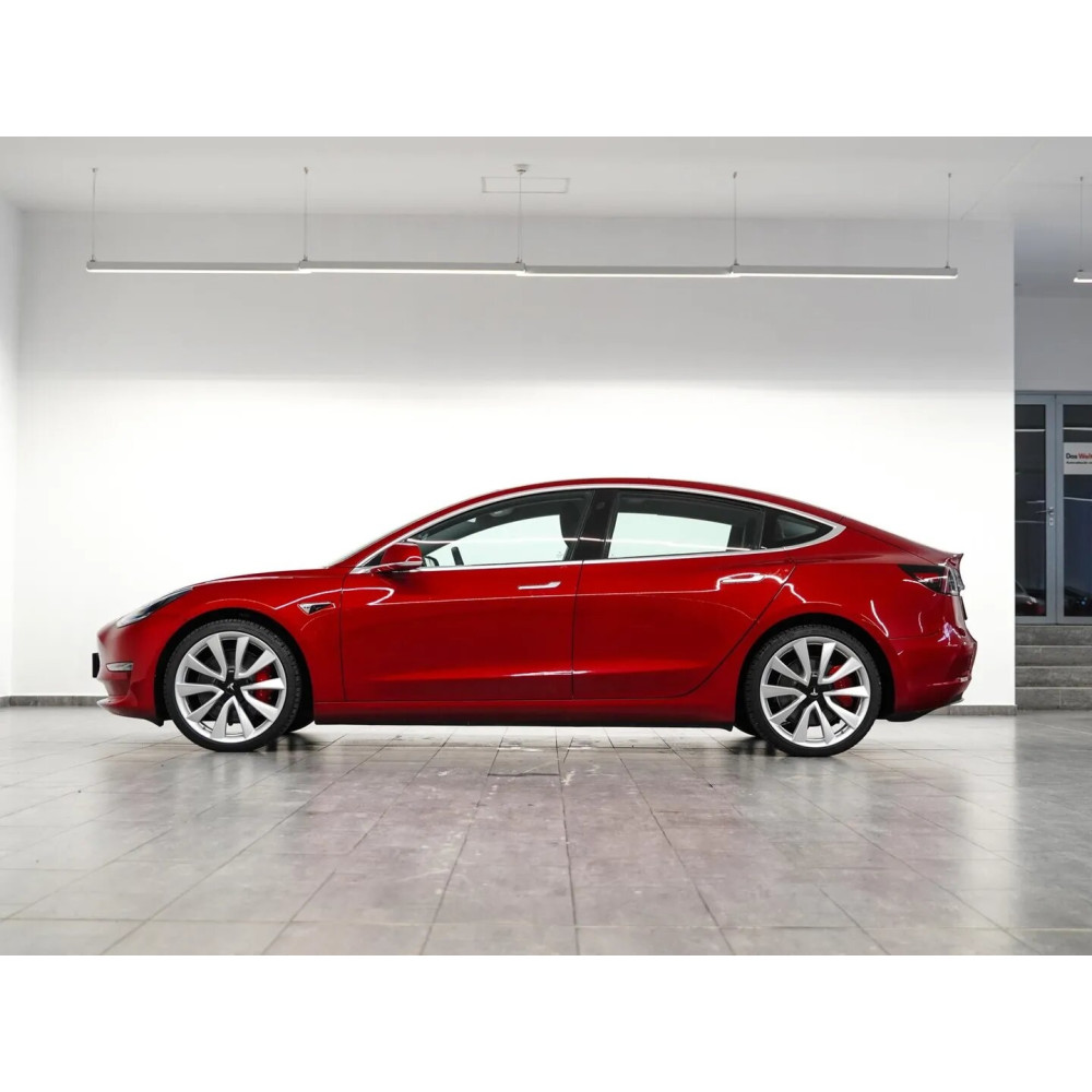 Tesla Model 3 Performance AWD
